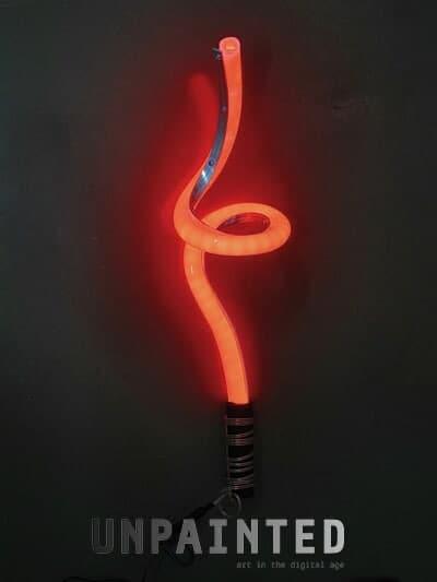 licht-im-griff-rot